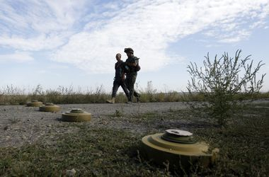 Перенос выполнения Минских соглашений на 2016 должен означать продление санкций против РФ - эксперт