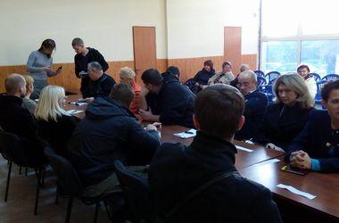 Новый состав Мариупольской ТИК принял присягу и приступил к работе