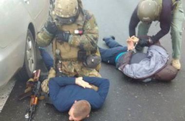 СБУ задержала банду правоохранителей, которая грабила инкассаторов