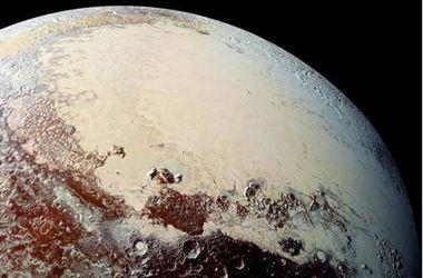 На Плутоне нашли ледяные вулканы