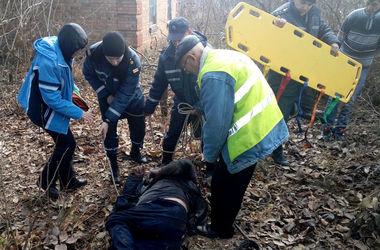 В Днепропетровской области мужчина упал в яму и пробыл там 3 дня