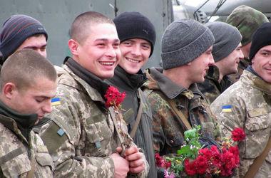 """""""Железные"""" воины 24-бригады вернулись с Донбасса домой"""