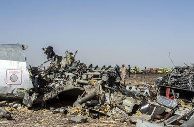 Американские следователи склоняются к версии о взрыве на борту А321