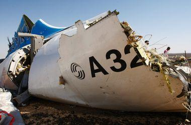 На борту рухнувшего A321 могла быть бомба с таймером - СМИ