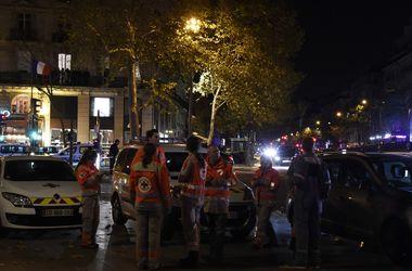 В Париже неизвестные захватили около 60 заложников в концертном зале - СМИ