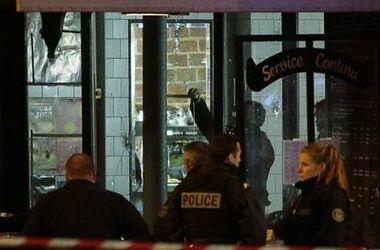 Несколько террористов в Париже могли сбежать – прокуратура