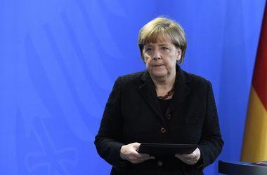 Меркель — французам: Мы плачем вместе с вами