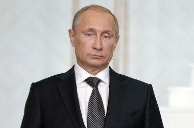 Путин направил телеграмму президенту Франции из-за серии терактов в Париже