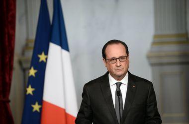 Президент Франции назвал организаторов терактов в Париже