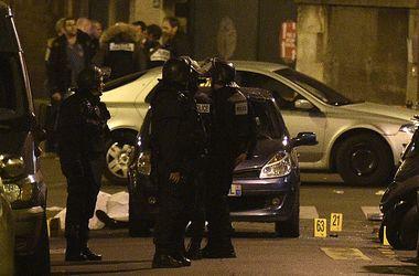 Восемь террористов уничтожены во время атак в Париже