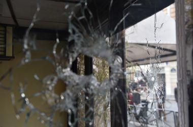 В сети появилось видео нападения террористов на концертный зал Bataclan в Париже