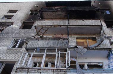 Жуткие кадры из Донецка: безлюдные руины и горы мусора