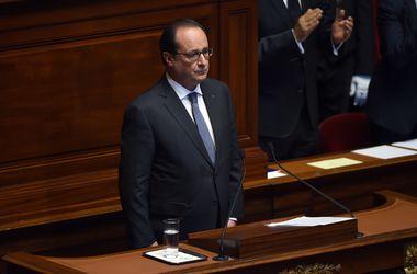 Франция направит авианосец к берегам Сирии