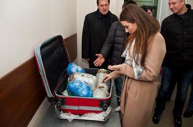 Из Одессы в Турцию пытались вывезти партию янтаря на 9 млн