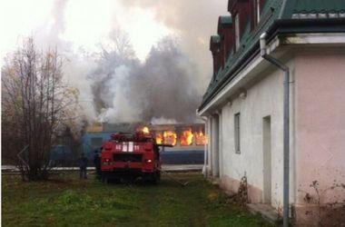 """На Прикарпатье горел поезд """"Ивано-Франковск - Яремче"""""""