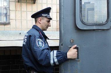 В Киеве полицейские устроили погоню за вором, пробравшимся в частный дом