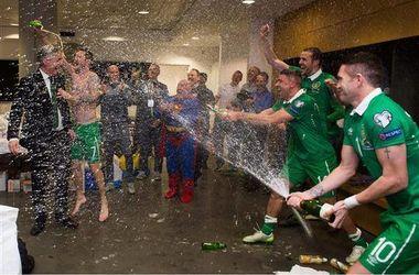 Супермен поздравил сборную Ирландии с выходом на Евро-2016
