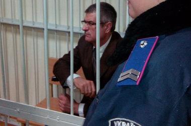 В Киеве просят продлить арест экс-главы столичной СБУ, подозреваемого в убийстве активистов Майдана