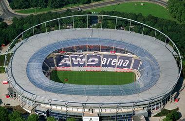В Германии перед футбольным матчем эвакуировали стадион из-за угрозы теракта