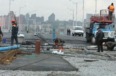 Как в Киеве ремонтируют Южный мост