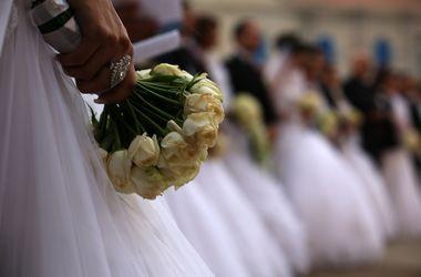 Брошенная невеста пробежала пять километров в свадебном платье