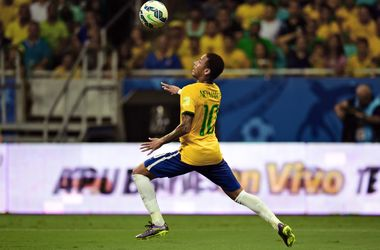 Роналдиньо назвал Неймара лучшим футболистом мира
