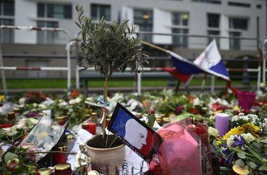 Количество жертв кровавых терактов в Париже увеличилось