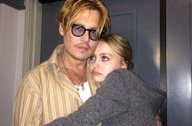 Джонни Депп обеспокоен образом жизни 16-летней дочери