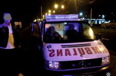 """Львовская полиция задержала пьяного военного за рулем """"скорой"""""""