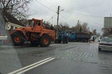 ДТП в Харькове: у трактора отказали тормоза