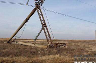 Чем энергоблокада Крыма грозит Украине