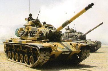 Турция направила танки к границе с Сирией