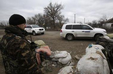 Миссия ОБСЕ заявляет, что не получила ни от одной из сторон списков отведенного вооружения