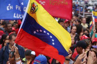 Оппозиционного лидера в Венесуэле расстреляли прямо на сцене