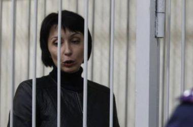 Адвоката Лукаш посадили под ночной домашний арест