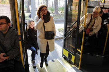 Троллейбусы и автобусы в Киеве поменяют маршруты из-за ярмарок