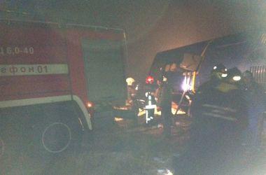В России перевернулся автобус, который вез людей в Донецк: есть жертвы