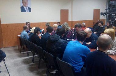 На выборах в Мариуполе лидирует Бойченко, в Красноармейске - Требушкин