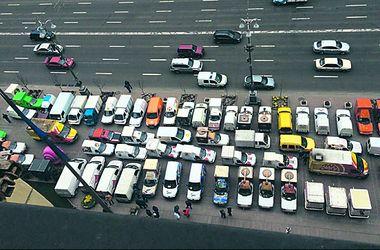 Мэрия Киева в осаде автокофеен: торговцы не намерены уходить