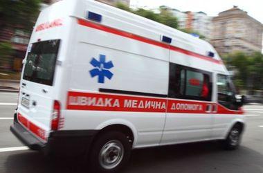В Харькове мужчину переехали сразу два авто
