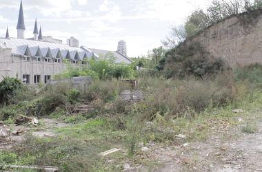 Общине Киева вернули земельный участок на горе Щекавица