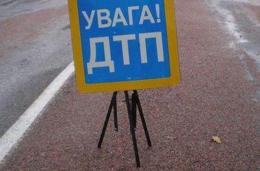 """В Киеве """"легковушка"""" протаранила маршрутку"""