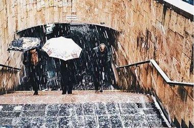 Украину накроет дождями со снегом: объявлено штормовое предупреждение