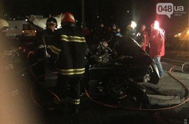 В Одессе в смертельной аварии погибли два человека