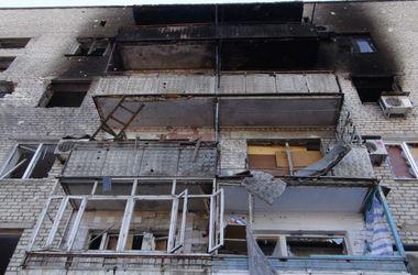 Адская суббота в Донецке: город сотрясают мощные взрывы и залпы
