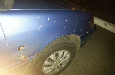 Под Киевом неизвестный бросил гранату на парковке