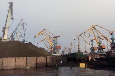 В Одессу прибыл уголь из ЮАР