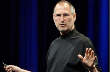 <p>Стив Джобс во время презентации. Фото:instagram/smirnovsa85</p>
