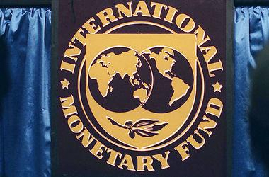 """Под кого МВФ меняет правила кредитования, и какие """"подводные камни"""" ждут Украину: мнения экспертов"""
