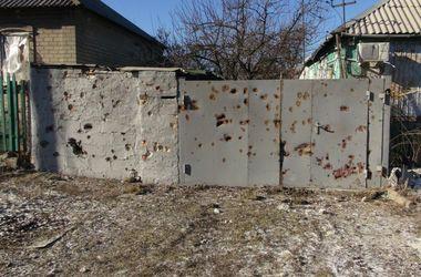 В Донецке не утихают залпы